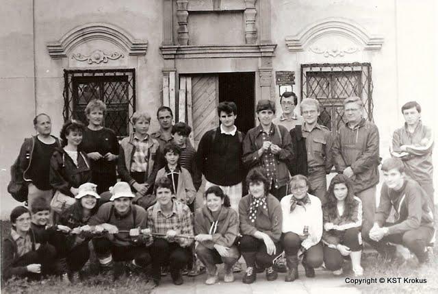 turisti pred múzeum v Hanušovciach nad Topľou